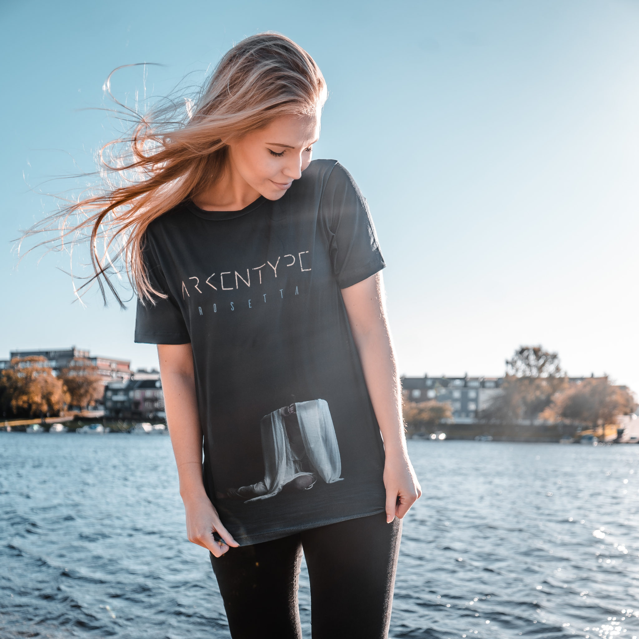 Rosetta giveaway – Win a signed limited edition t-shirt and other goodies!